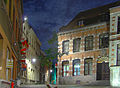 Maison dite Halle des Pelletiers, Mons, by night..jpg