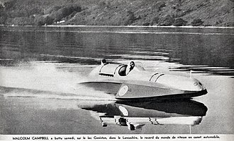 Blue Bird K4 - Malcolm Campbell, 1939 August 19 with a Bluebird K4 1.750 CV, Water world speed record at Coniston Water