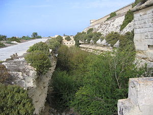 Polygonal fort - Counterscarp battery at Fort Delimara, Malta