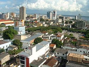 Centro de Manaus (Praça da Saudade; Teatro Amazonas).