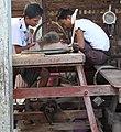 Mandalay-Jademarkt-64-Schleifer-gje.jpg