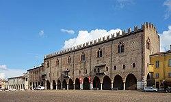 Mantoue palais ducal.jpg