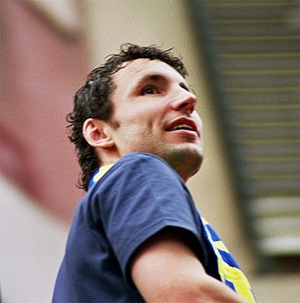 Mark van Bommel - Van Bommel with Barcelona.