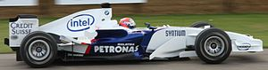 Marko Asmer - Asmer demonstrating a BMW Sauber F1.06 at the 2008 Goodwood Festival of Speed.