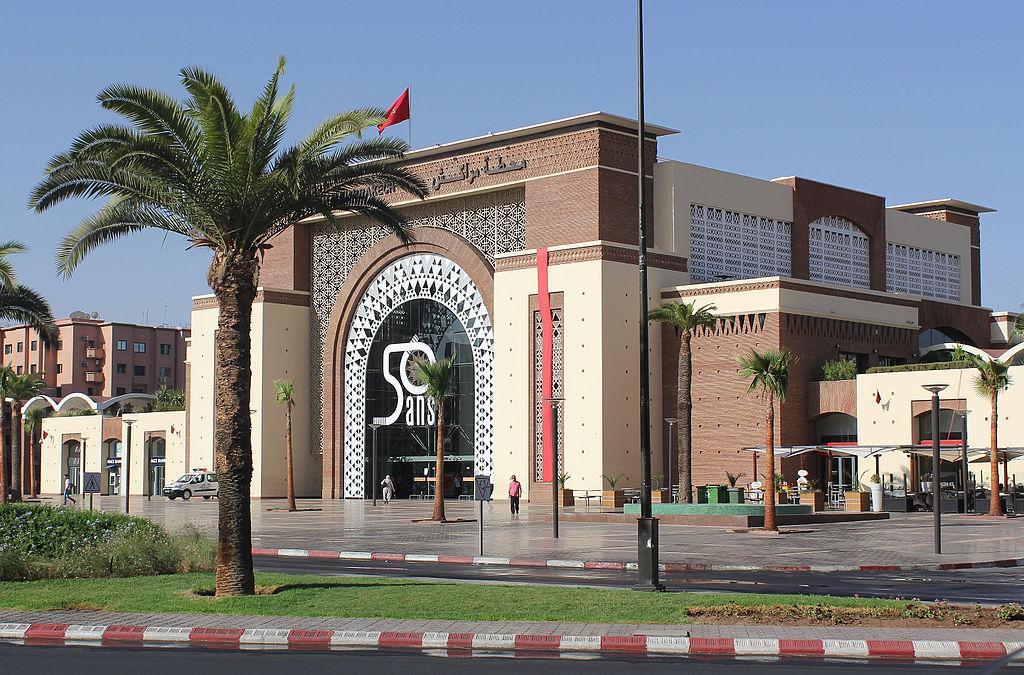 Gare de Marrakech dans le quartier de Guéliz - Photo de Stolbovsky