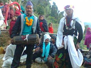 Maruni - Maruni dancing with madale
