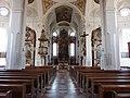 Mattighofen Pfarrkirche innen.jpg