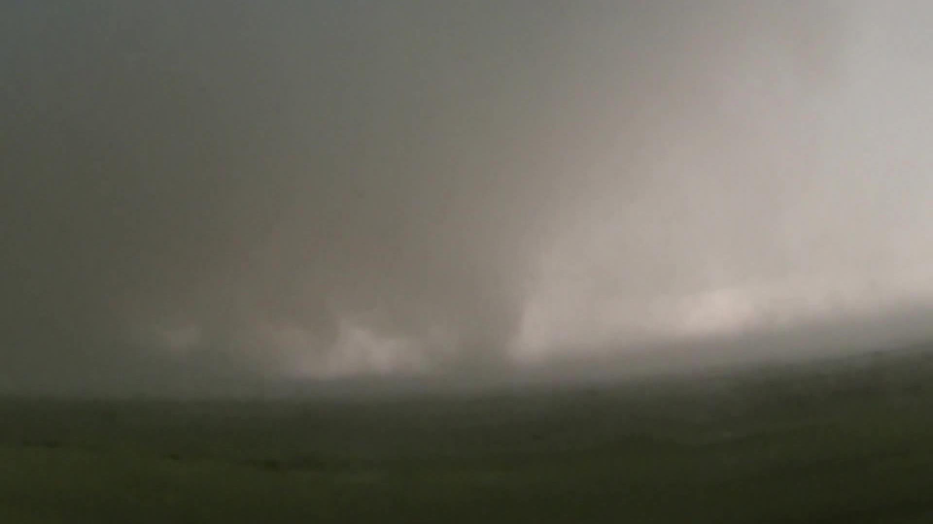 File:May 31, 2013 EF5 El Reno, OK Tornado showing multiple ...