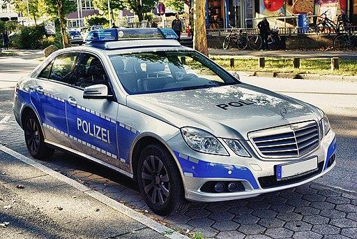 Mercedes Benz W 212 Polizei Hamburg