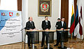 Ministru prezidents Valdis Dombrovskis piedalījās Baltijas Ministru padomes sanāksmē Viļņā (4079619261).jpg