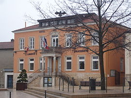 The town hall in Mions