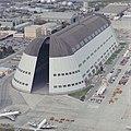 Moffett Field Hangar 1, 1992.jpg
