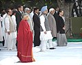 Mohd. Hamid Ansari, the Prime Minister, Dr. Manmohan Singh, the Chief Minister of Delhi, Smt. Sheila Dikshit and the Chairperson, UPA, Smt. Sonia Gandhi at the prayer meeting, at the memorial of Former Prime Minister.jpg
