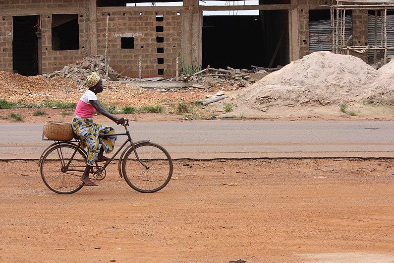 Mon Vélo sur toute les routes.jpg