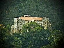 https://upload.wikimedia.org/wikipedia/commons/thumb/b/b8/Monastery_of_Carboeiro.jpg/220px-Monastery_of_Carboeiro.jpg