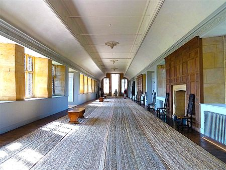 The 172 ft Long Gallery Montacute House Long Gallery.jpg