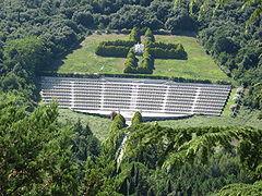 Polski Cmentarz Wojenny na Monte Cassino,widok z klasztoru benedyktynów