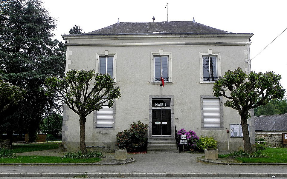 Mairie de Montjean (53).