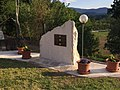 Monumento ai caduti battaglia Gari.jpg