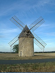 The Tol windmill, in Cherves