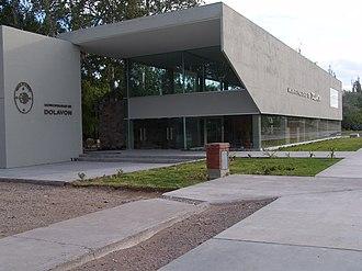 Dolavon - Municipal building