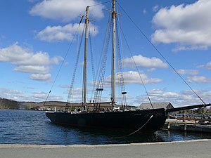 Mystic Seaport L.A. Dunton - Fishing Schooner.JPG