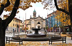 NOVA MILANESE chiesa san antonino martire piazza marconiDSC 1163.jpg