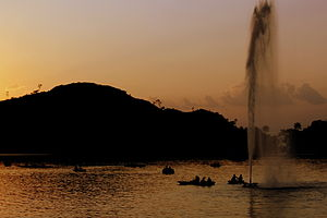 Nakki Lake in the evening.JPG
