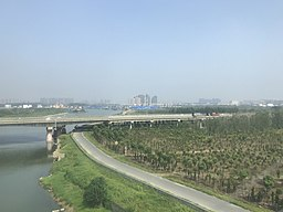 Nanfeihe River from train for Shanghai-Hongqiao Station.jpg