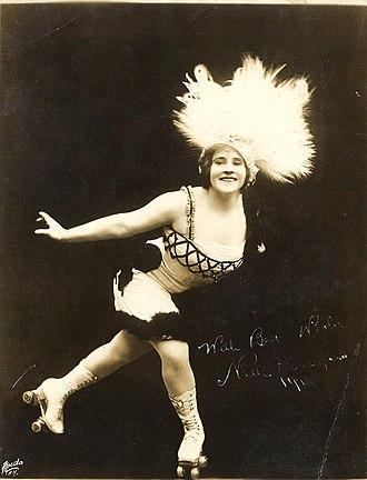 Artistic roller skating - Nellie Donegan, 1913 Australia