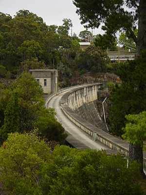Nepean Dam - The curved arch dam wall