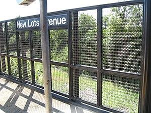 New Lots Avenue (BMT Canarsie Line) - Southbound platform