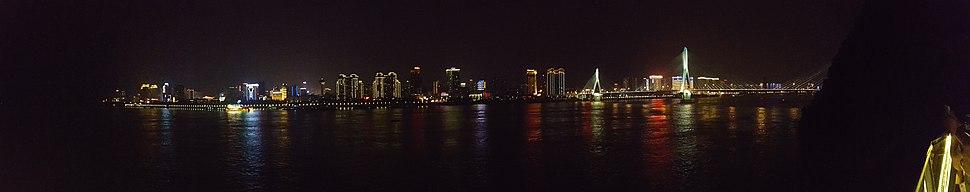Night view of Yichang