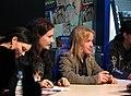 Nightwish em sessão de autógrafos-3.jpg