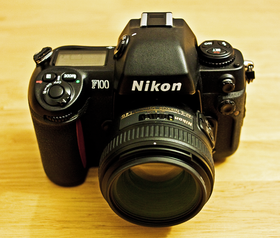 Image illustrative de l'article Nikon F100