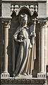 Notre-dame-paris-2nd-statue-west-side.jpg