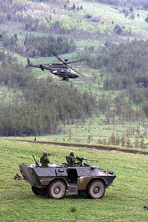 OH-85D Chaimite DF-SD-04-079z6.jpg