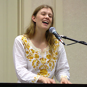 Heather Dale - Dale at the 2009 Ohio Valley Filk Fest