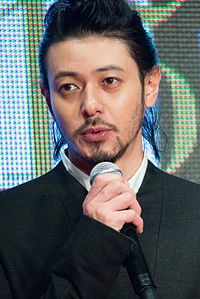 "Odagiri Joe ""Foujita"" at Opening Ceremony of the 28th Tokyo International Film Festival (22265705578).jpg"