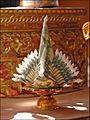 Offrande dans le Vat Ong Theu (Vientiane) (4348874656).jpg