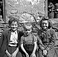 Ognəški otroci, Podlanišče 1954.jpg