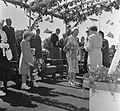 Opening Sluis in Tiel vlag in top door Koninklijke familie, Bestanddeelnr 905-1230.jpg