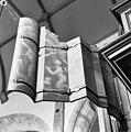 Orgel, rugwerk buitenzijde rechterluik - Middelburg - 20154576 - RCE.jpg