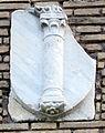 Ostia antica, castello di giulio II, stemma 04 colonna.JPG