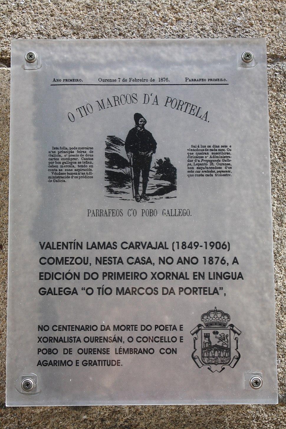 Placa conmemorativa en Ourense.
