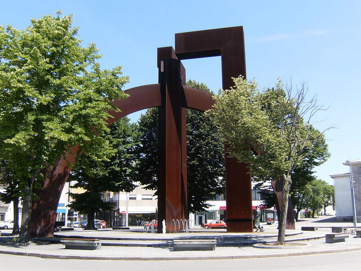 Pa os de ferreira wikipedia la enciclopedia libre - Fabricas de muebles en pacos de ferreira portugal ...