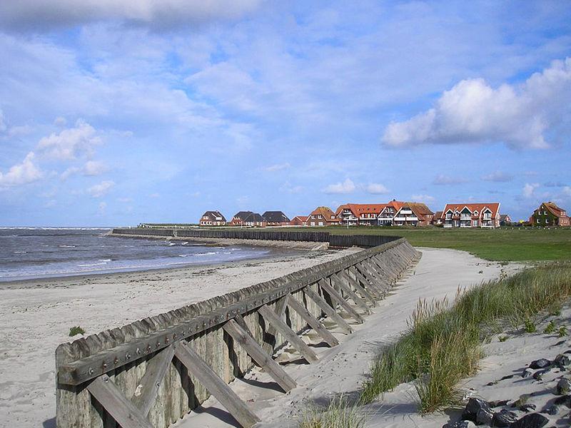 File:Palisaden Baltrum.jpg