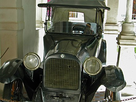 Dodge automobile in which Pancho Villa was assassinated, Historical Museum of the Mexican Revolution in Chihuahua Pancho villa car.jpg