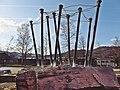 Pedro Meier Skulptur »Nagelskulptur«, Futuristische Architektur, (Eisenstifte, Draht, Holz, Objets trouvés) 2009, Skulpturenpark Kunsthalle Olten Offspace, Schweiz. Foto © Pedro Meier Multimedia Artist.jpg