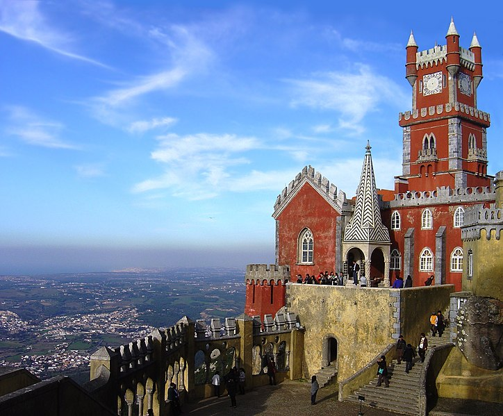 Fil:Pena Palace back-edit.jpg